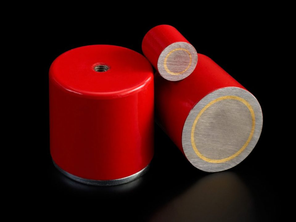 What types of permanent magnets are there