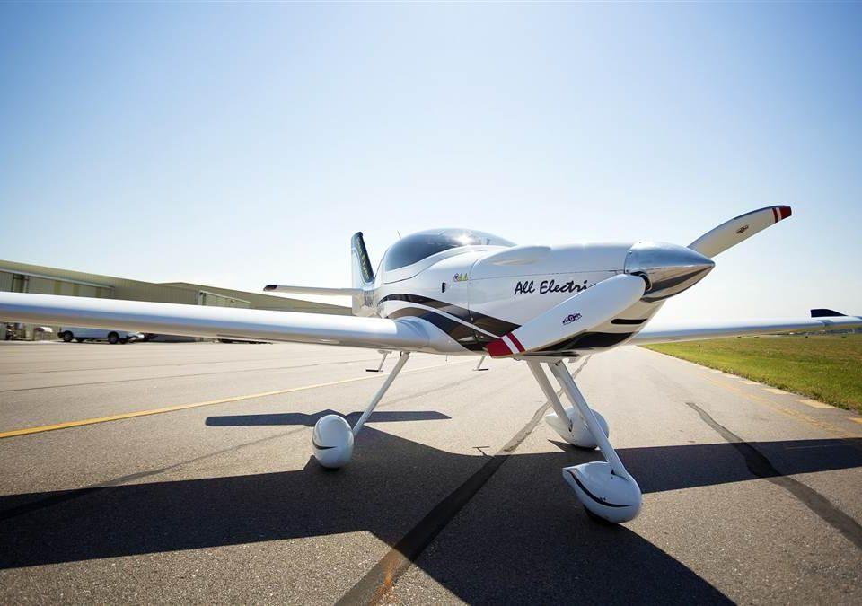Aviões totalmente eletrônicos graças as terras raras
