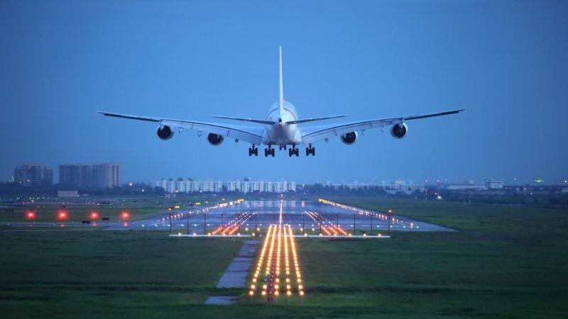 Welche Funktion erfüllen Magnete in Flugzeugen?